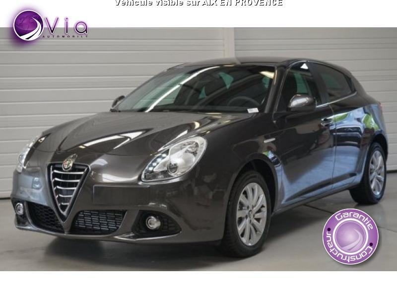 voiture alfa romeo giulietta occasion diesel 2015 10 km 19990 aix en provence. Black Bedroom Furniture Sets. Home Design Ideas