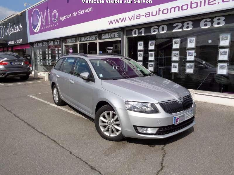 voiture skoda octavia occasion diesel 2014 147000 km 12490 servon seine et marne. Black Bedroom Furniture Sets. Home Design Ideas