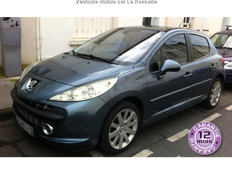 voiture peugeot 207 occasion diesel 2006 129750 km 7490 la rochelle charente. Black Bedroom Furniture Sets. Home Design Ideas