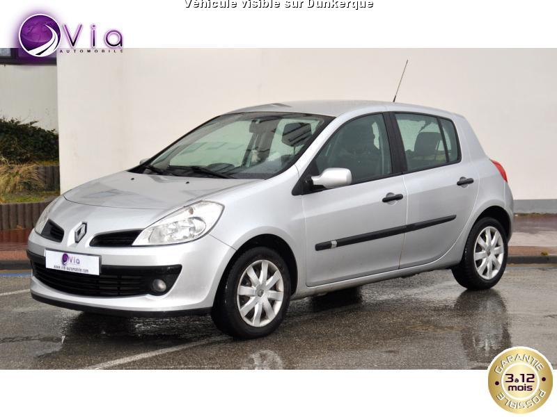 voiture renault clio iii occasion 2006 95000 km 4990 dunkerque nord 992731782935. Black Bedroom Furniture Sets. Home Design Ideas