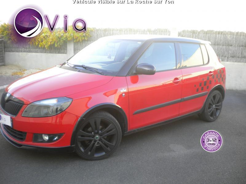 voiture skoda fabia occasion diesel 2012 71000 km 8900 la roche sur yon vend e. Black Bedroom Furniture Sets. Home Design Ideas