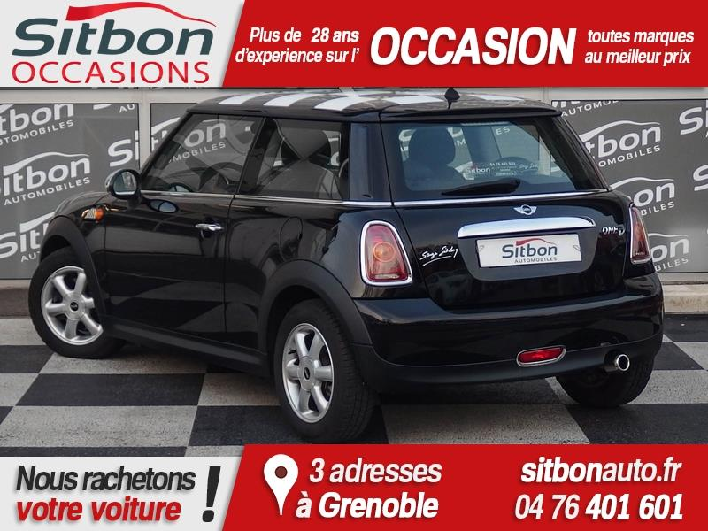 voiture austin mini occasion diesel 2010 75828 km 10900 grenoble is re 992732415466. Black Bedroom Furniture Sets. Home Design Ideas