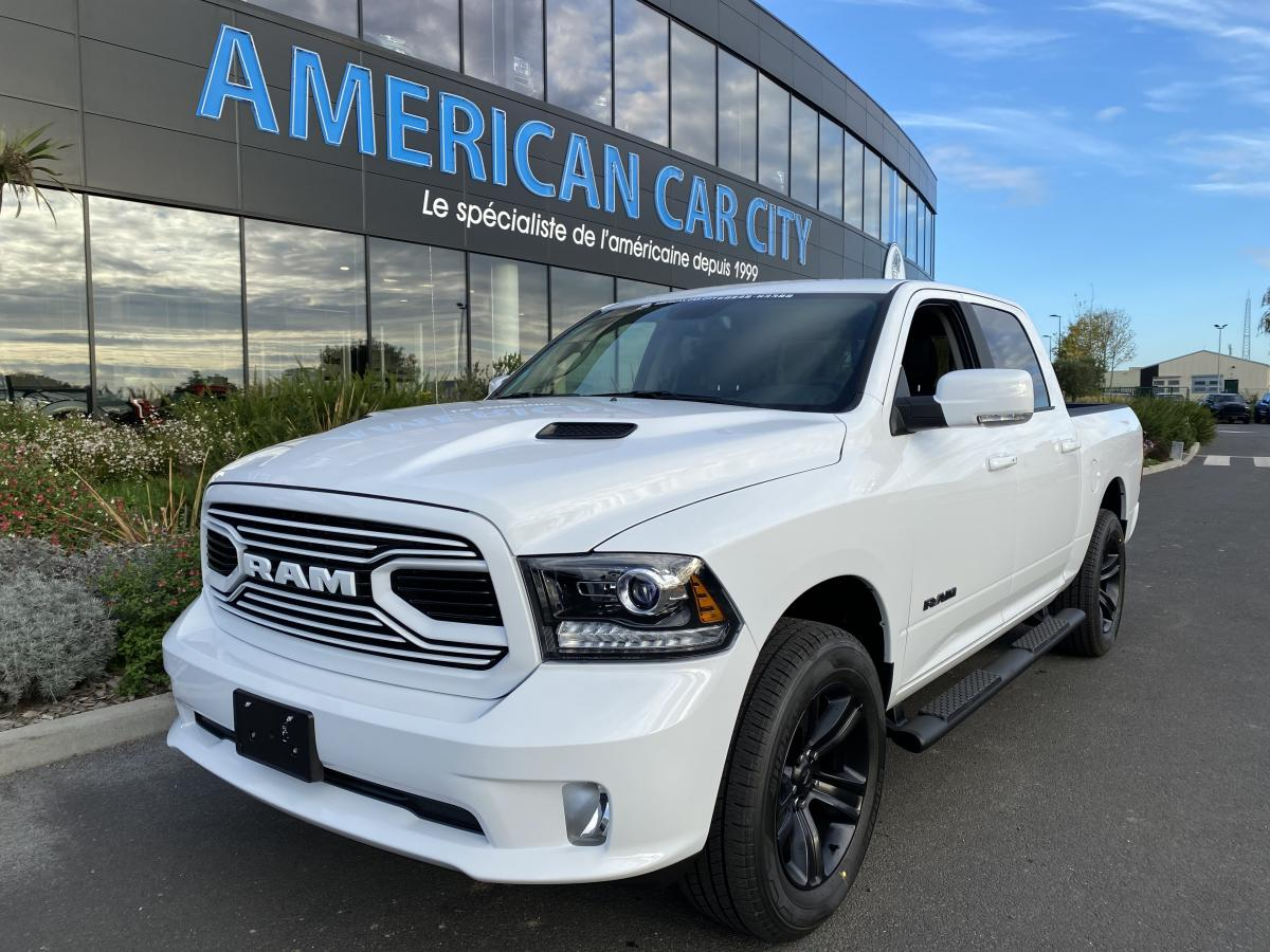 DODGE RAM CREW SPORT CLASSIC BLACK PACKAGE 2020