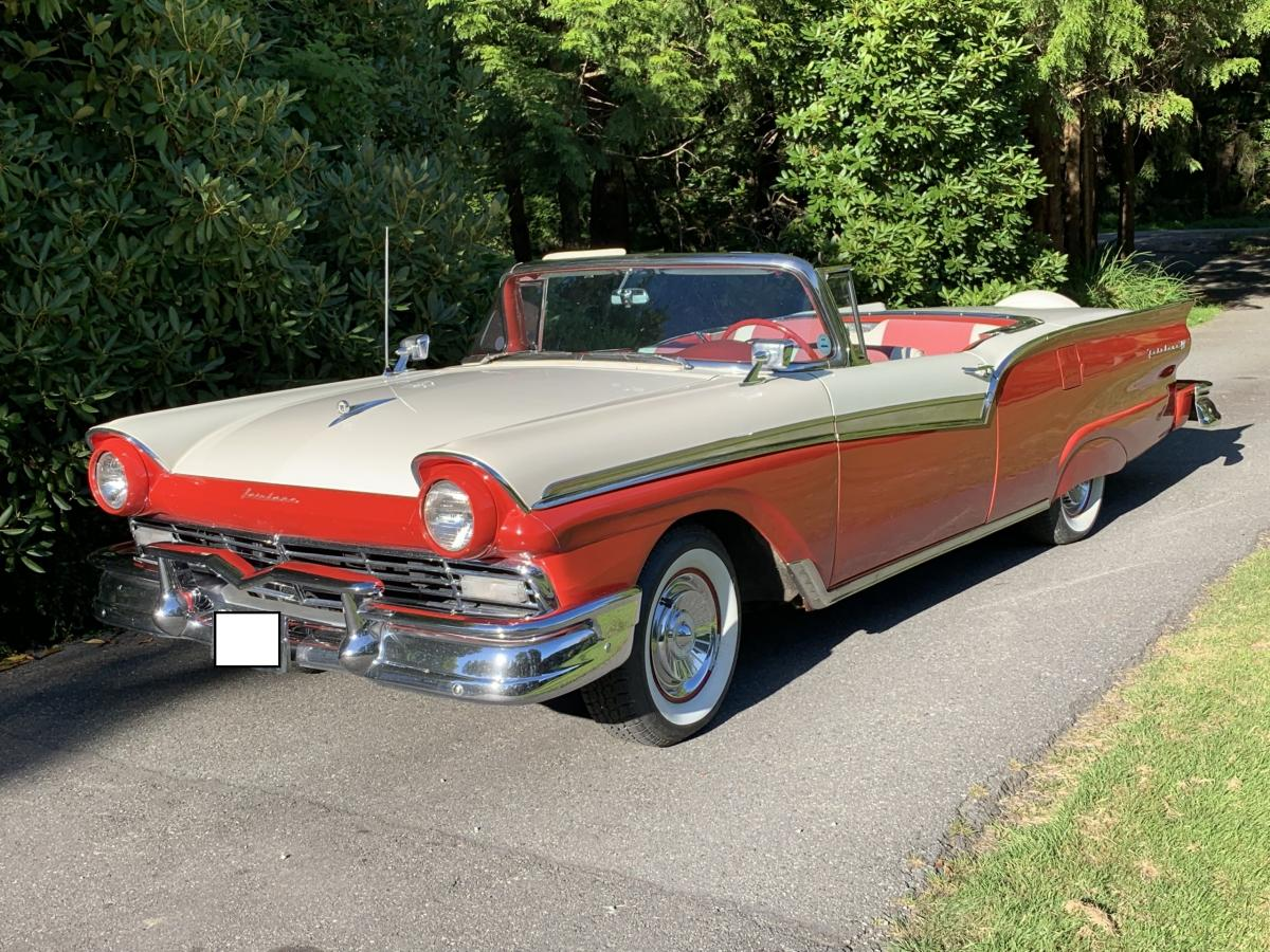 FORD FAIRLAINE SKYLINER COUPE-CABRIOLET