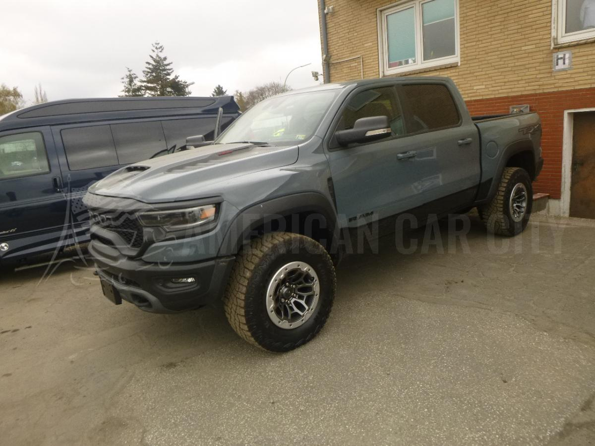 DODGE RAM TRX LAUNCH EDITION V8 6.2L