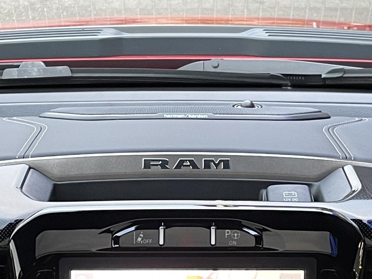 DODGE RAM 1500 CREW SPORT NIGHT EDITION 2021