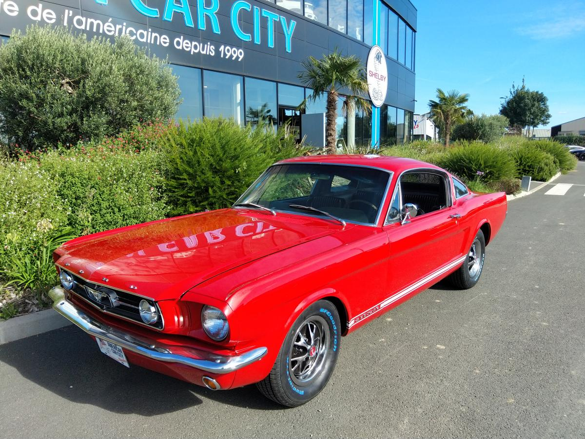 FORD MUSTANG Fastback GT code A