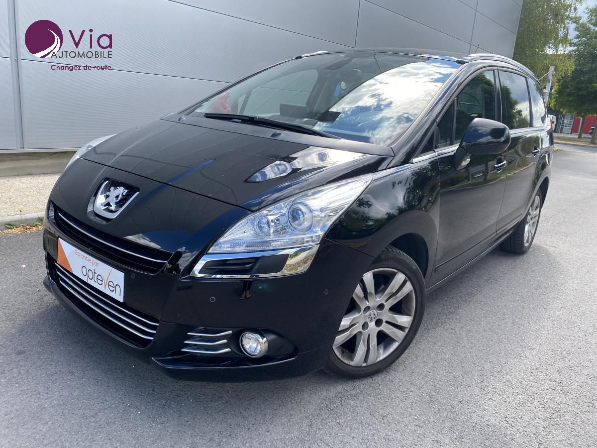 PEUGEOT-5008- 2.0 HDi 150 Allure 7 places